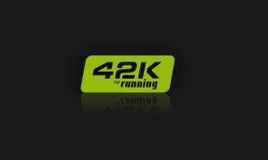 42k Running logotipo verde corporativo